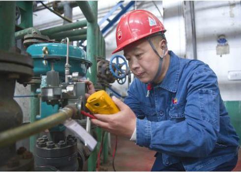 辽宁锦州石化刘志刚:仪表安全平稳运行的守护者