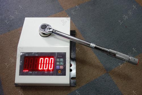 非标定制扭力扳手校验仪图片