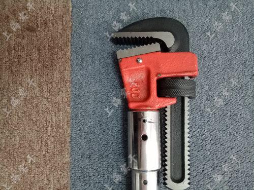电子扭力扳手   可换管钳头